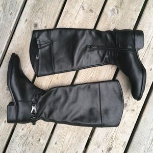 VICTOR ALFARO Leather Riding Boots